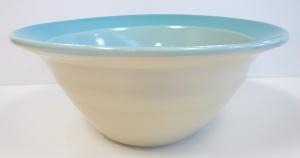 M 370 white stoneware